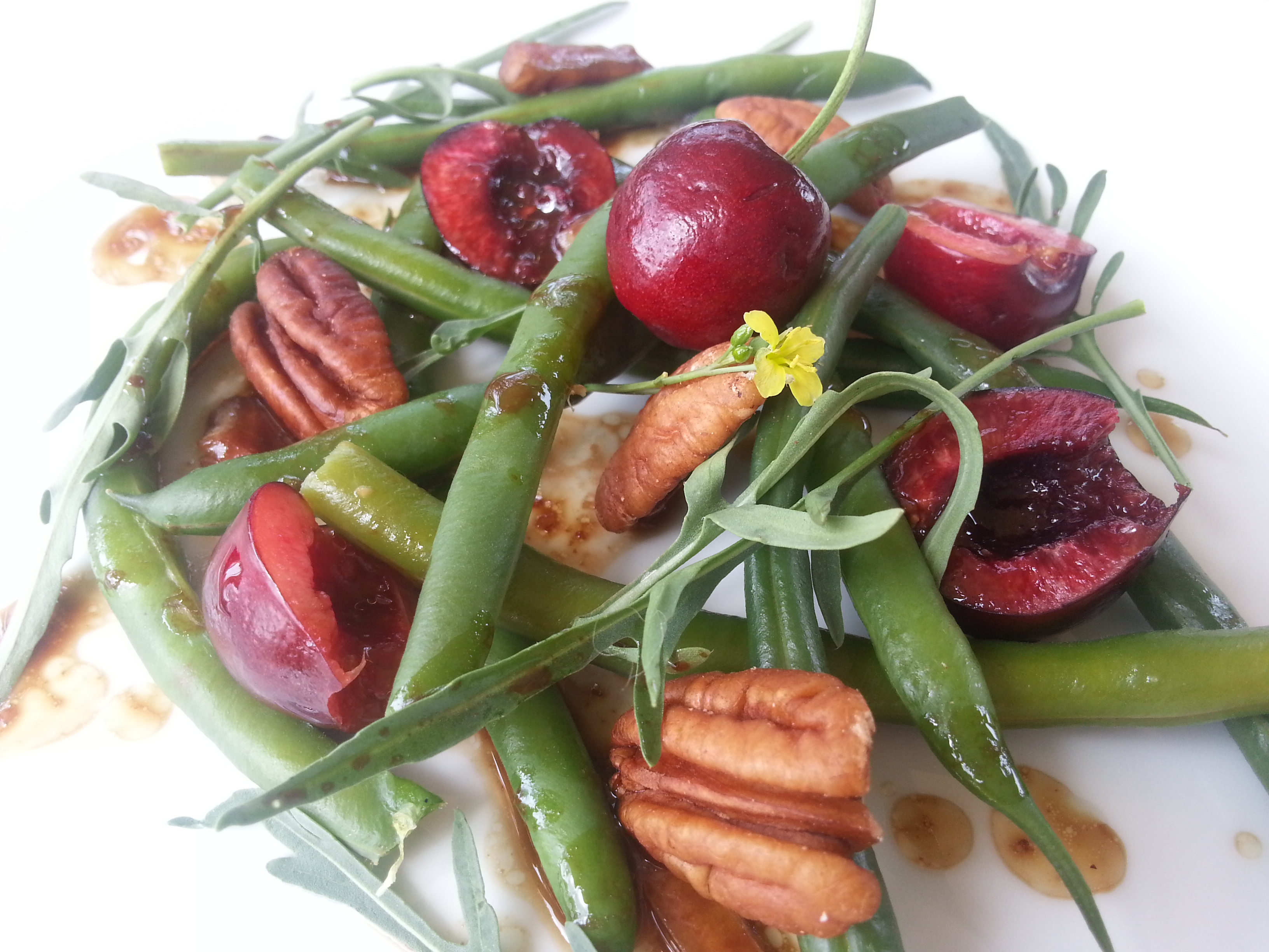 cherry green bean salad
